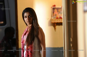 malayalam-actress-nayanatara16